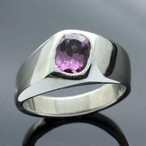 Silver handmade modern ring mali garnet gemstone