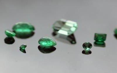 May Birthstone: Elegant Emerald Jewellery