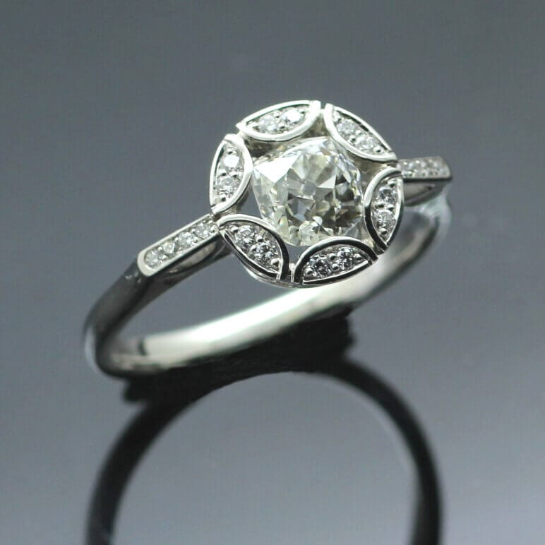 Stunning handcrafted engagement rings by Julian Stephens