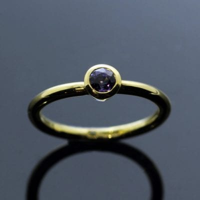 Round brilliant Purple Sapphire Yellow Gold handcrafted stacking ring