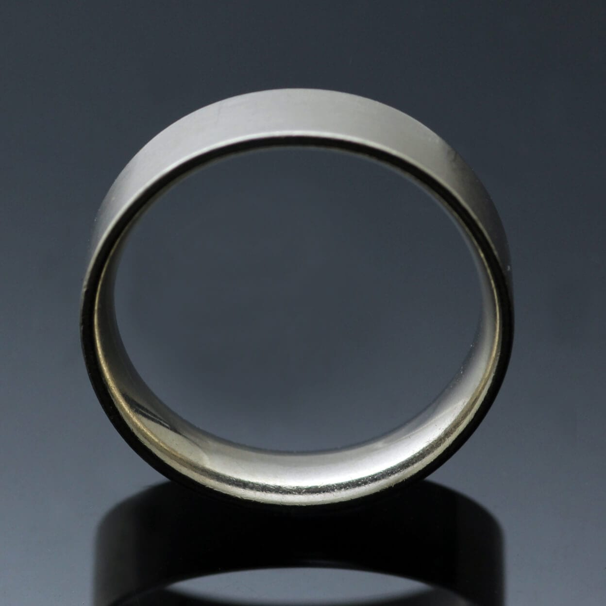 Handcrafted Easy Fit wedding band modern mens style
