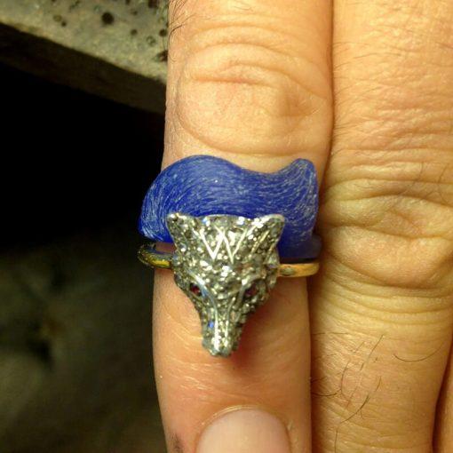 Handmade bespoke jewellery design by Julian Stephens Goldsmith