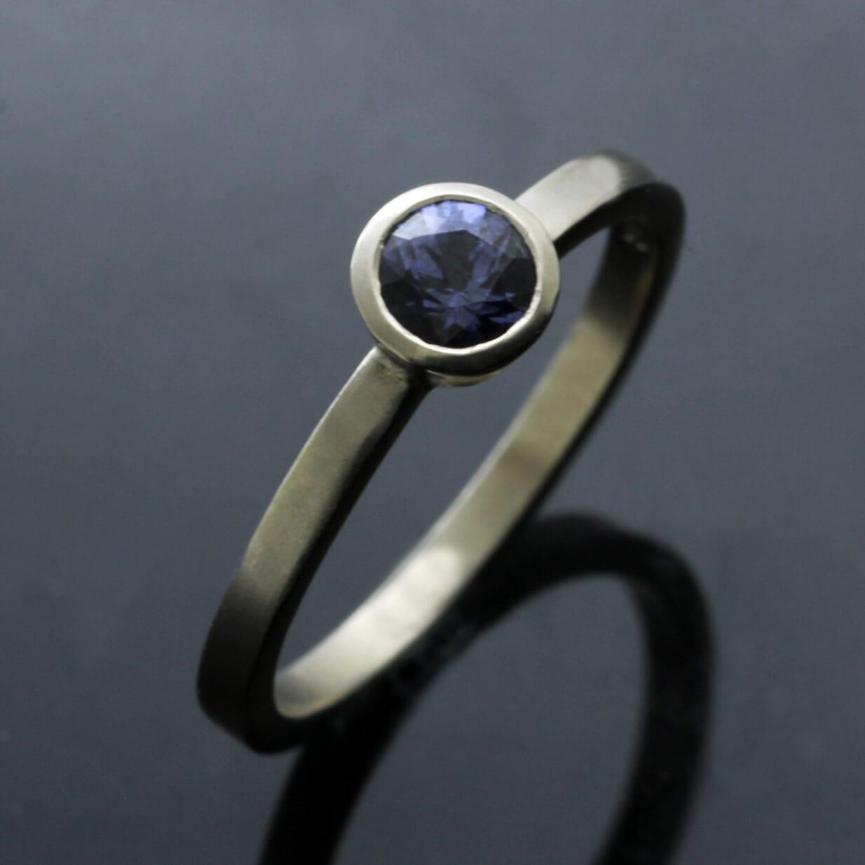 Round Brilliant Blue Sapphire gemstone 18ct White Gold modern stacking ring