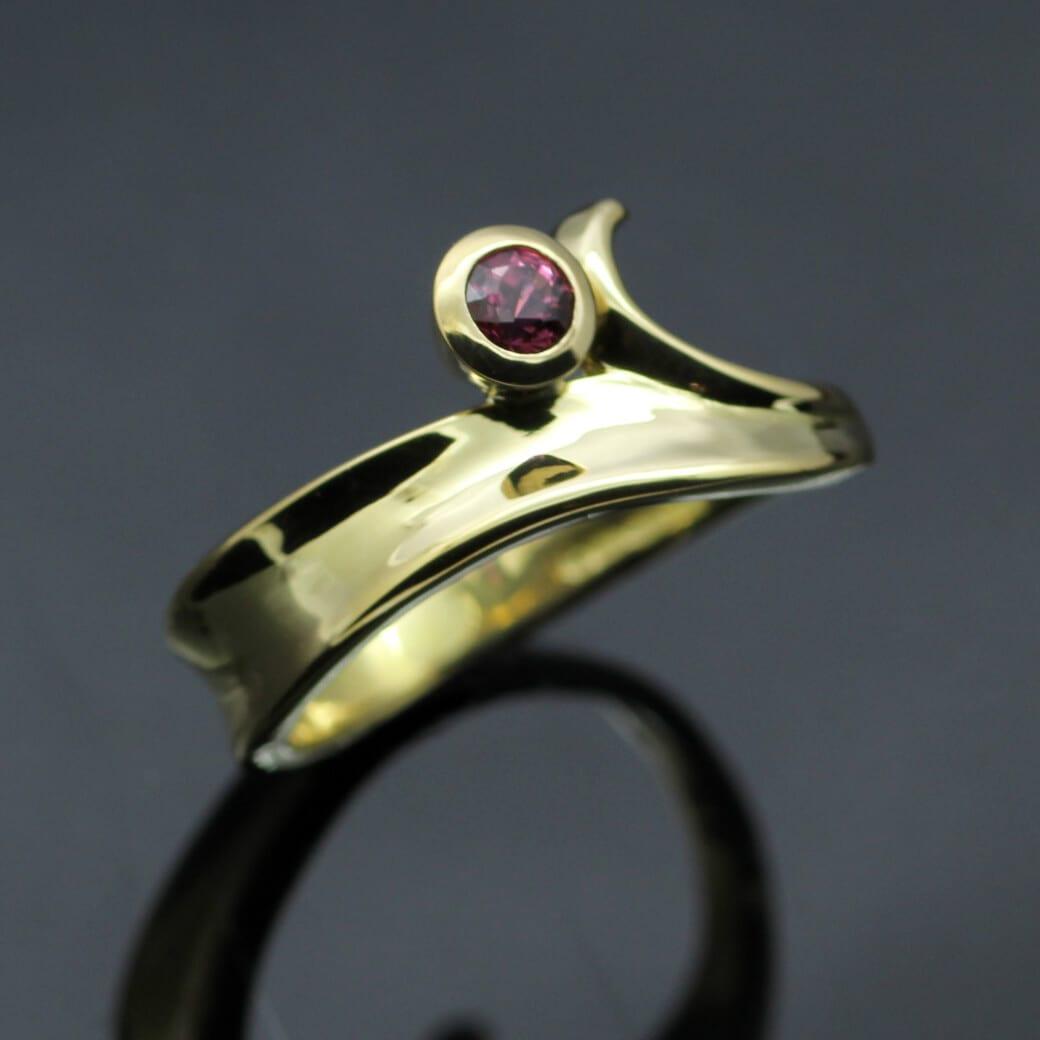 Bespoke handmade contemporary yellow gold ruby ring