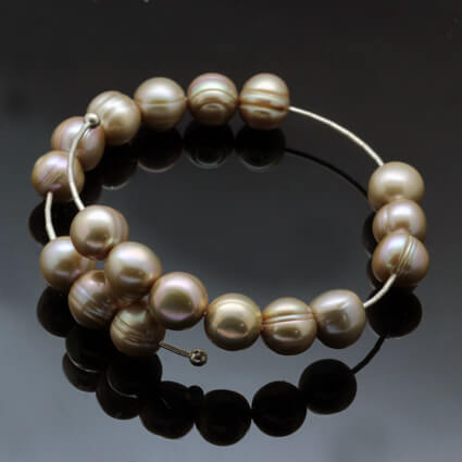 coffee coloured pearl bracelet handmade