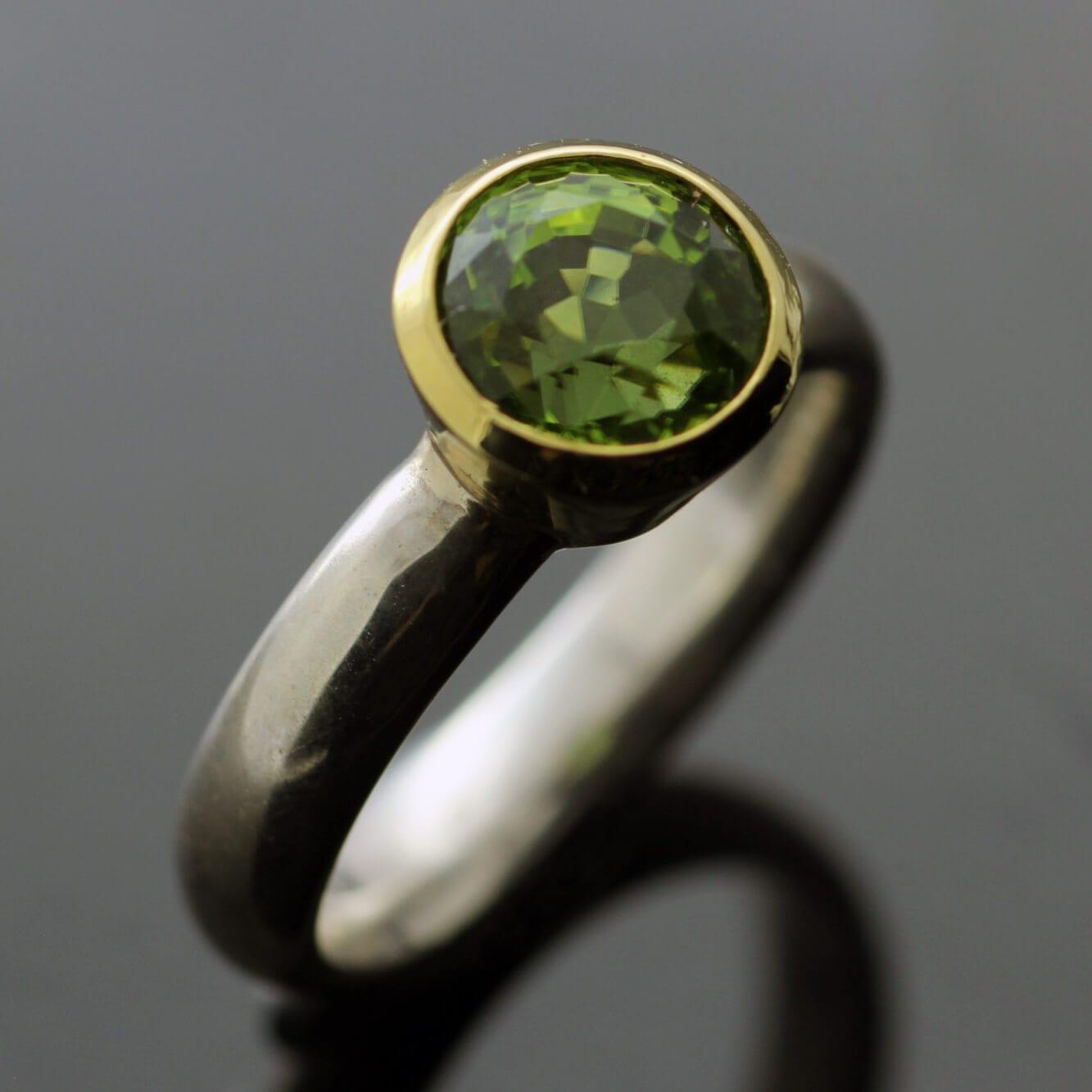 Peridot round brilliant cut modern statement Yellow Gold Sterling Silver ring