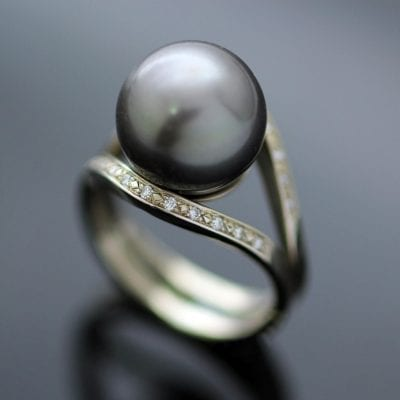 Tahitian Pearl twin Garlands Diamonds White Gold contemporary dress ring