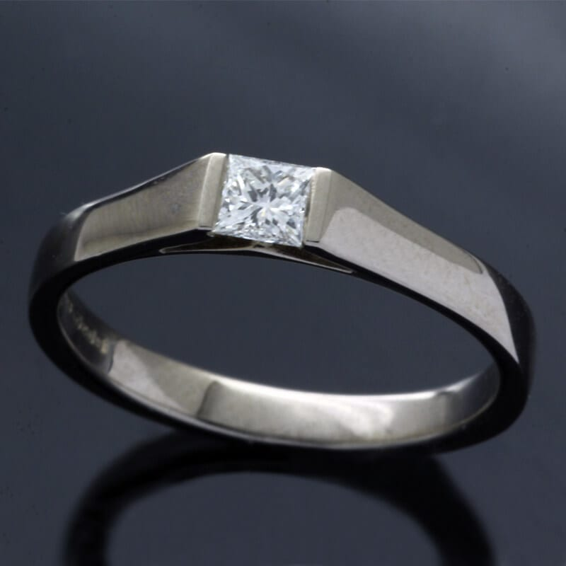 White Gold contemporary engagement ring with Princess cut Diamond