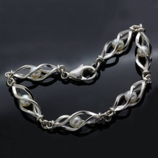 Modern unique Sterling Silver cream Pearl bracelet design