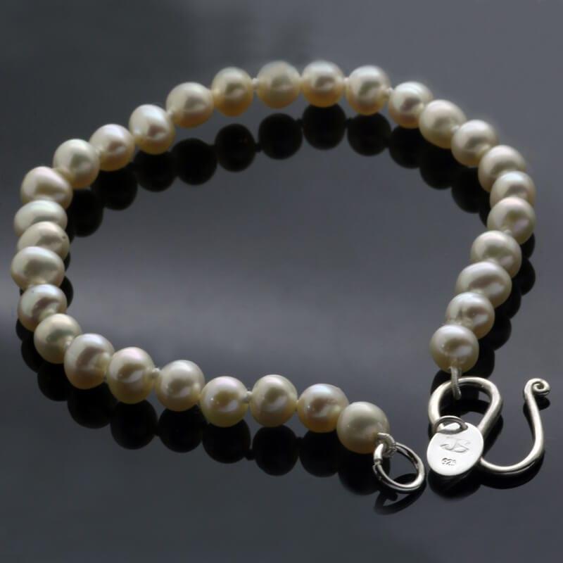 White freshwater pearl sterling silver handmade bracelet