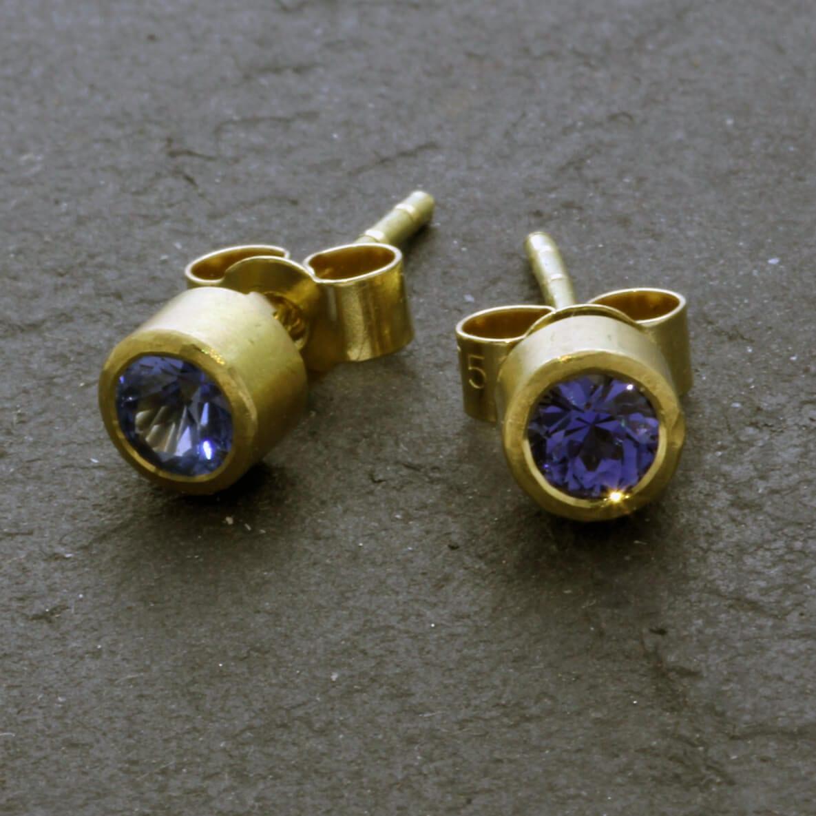 Yellow Gold handmade stud earrings Blue Sapphire gemstones