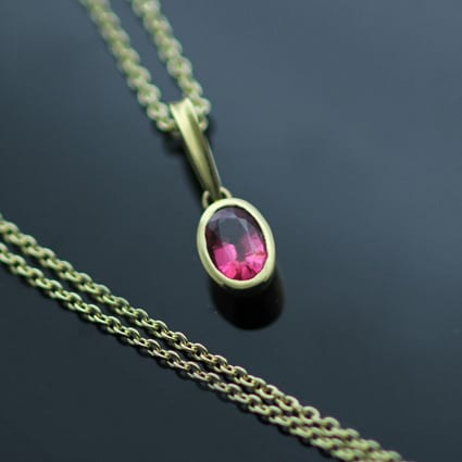18ct Yellow Gold Pink Spinel gemstone handmade modern necklace