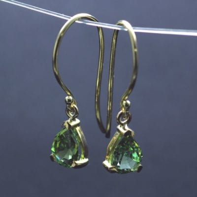 Pear cut green tourmaline 18ct yellow gold droplet dangle earrings