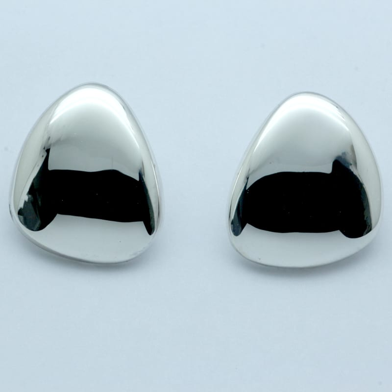 Silver pebble shaped handcrafted earrings
